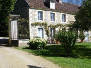 """""""Les Rendez-vous des Arts aux Jardin de Forgeneuve"""" à Coulanges les Nevers."""