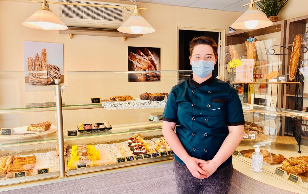 Nouvelle gérante de la boulangerie Pâtisserie M Guyon, Marine Guyon qui reprend la suite de Mr Riiter.